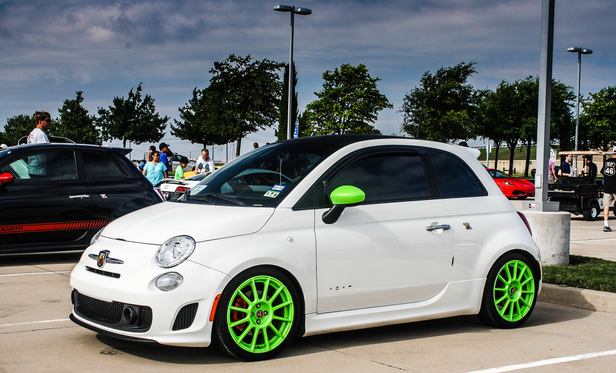 fiat 500 cars news videos images websites wiki lookingthis com. Black Bedroom Furniture Sets. Home Design Ideas
