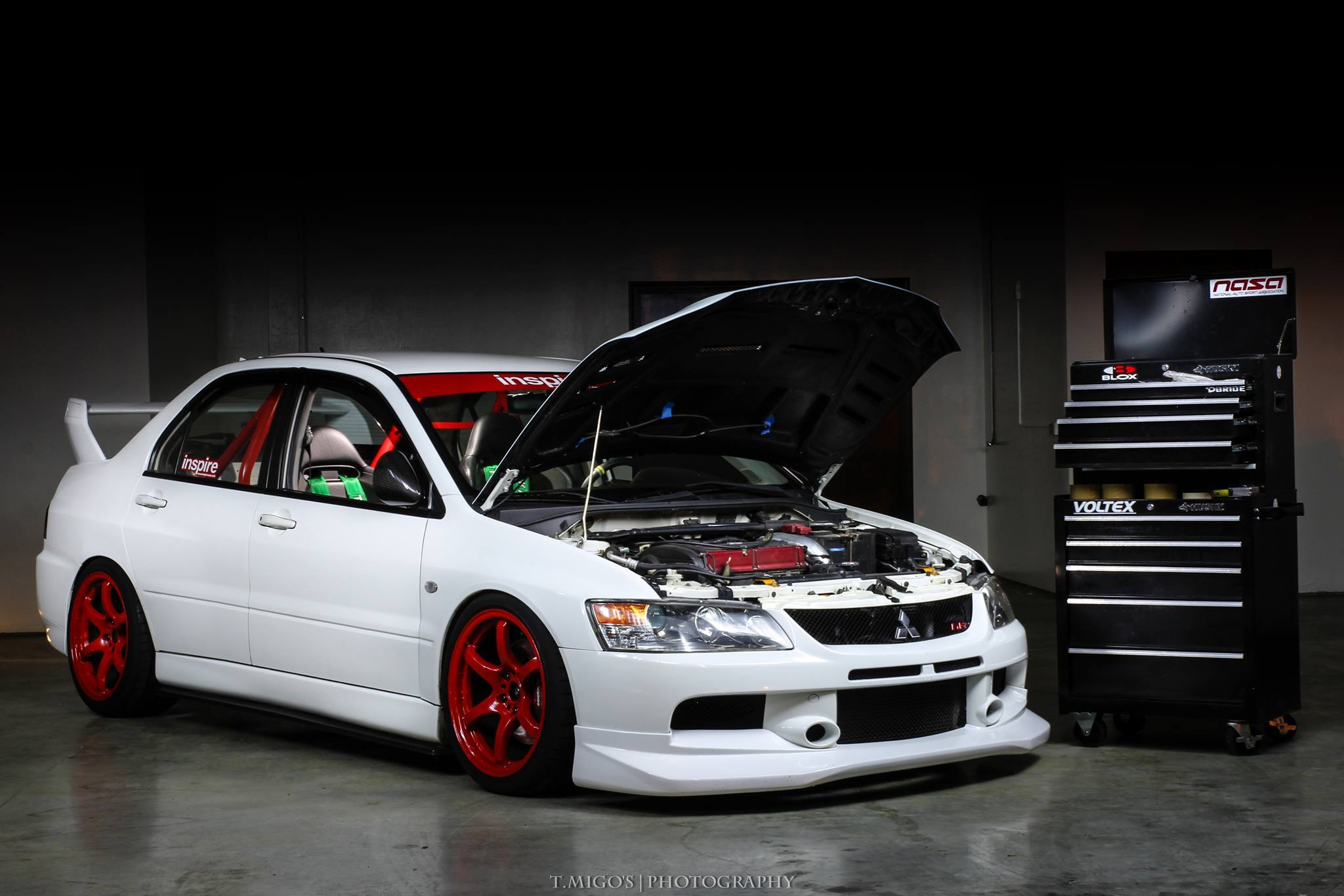 mitsubishi lancer custom mitsubishi lancer evolution ix. Black Bedroom Furniture Sets. Home Design Ideas