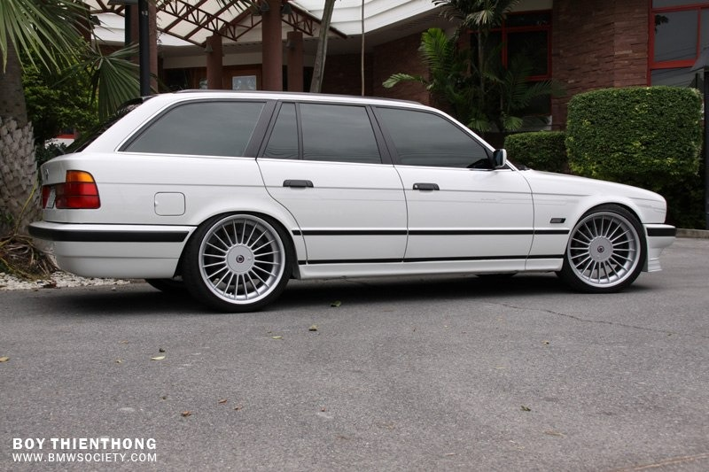 Sema 2014 further 2016 Vs 2017 Mercedes Benz E Class Whats The Difference 256264 further Bmw 3 Series Wagon Enyo M115 G 16528 likewise Alpina Bmw E34 Wagon 2 also 2018 Toyota Land Cruiser Review Specs Release Date And Price. on bmw 5 series wagon
