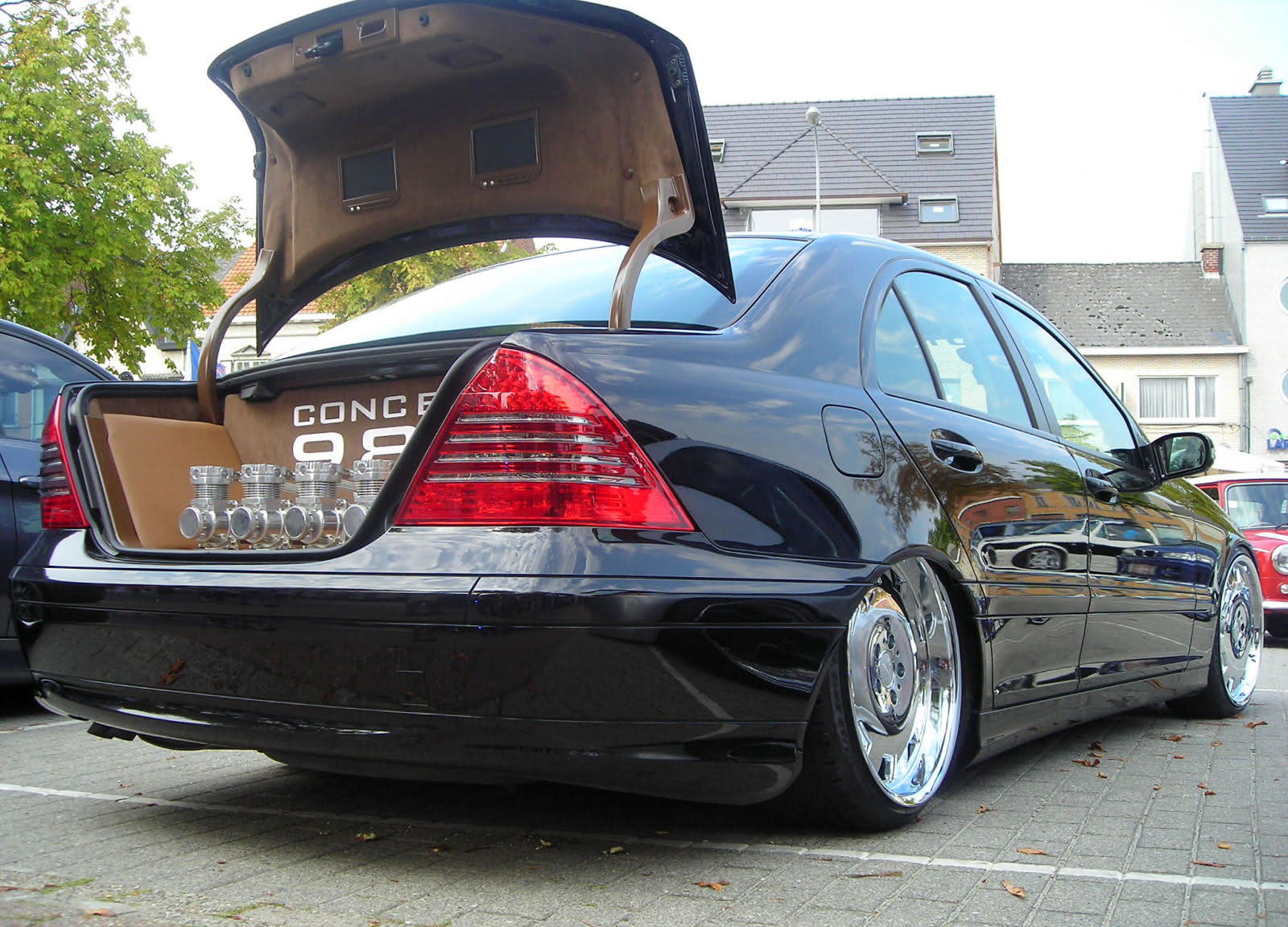 mercedes w203 tuning 1 tuning. Black Bedroom Furniture Sets. Home Design Ideas