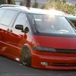 Modified Toyota Previa (2)