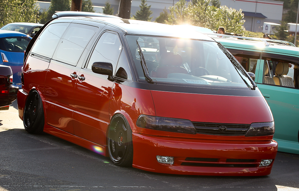 Toyota Previa Pictures Posters News And Videos On Your