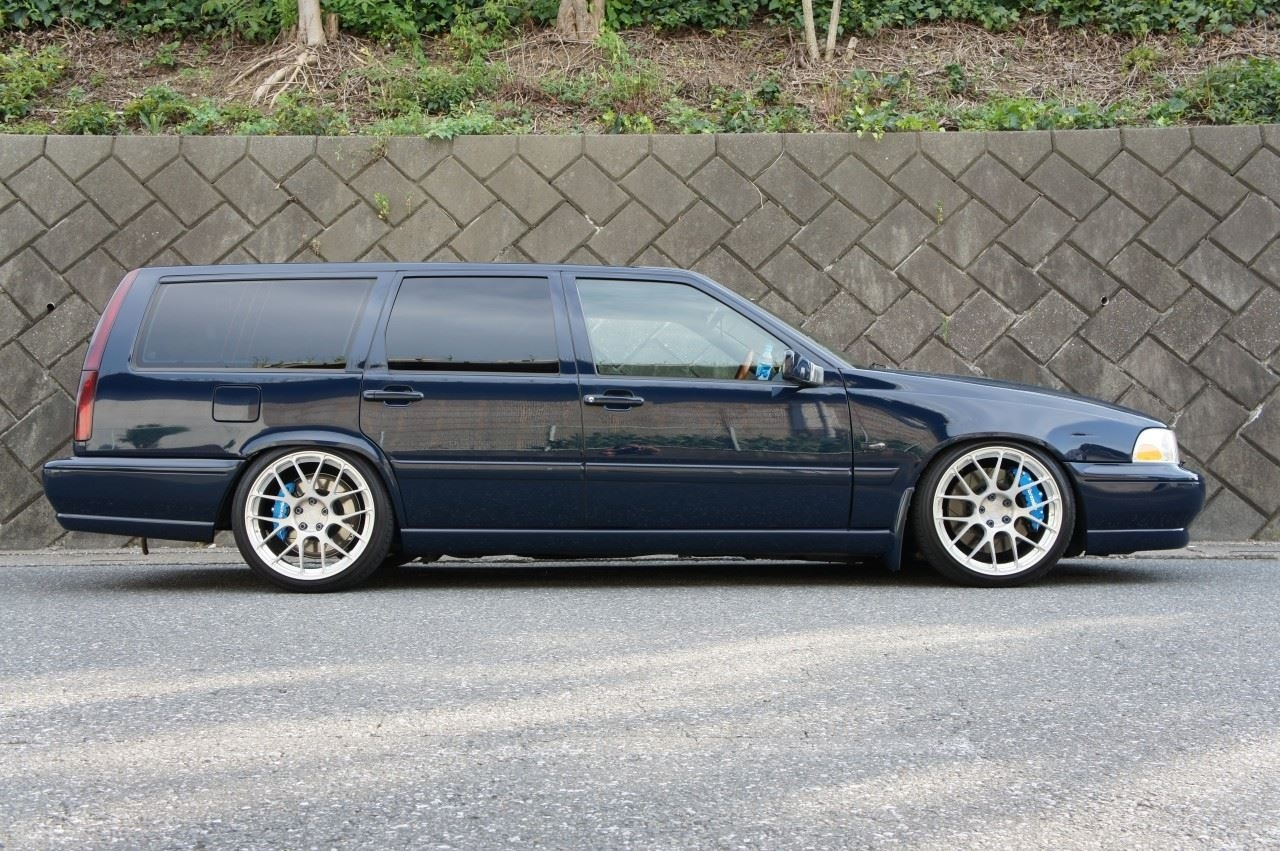 volvo v70 pictures posters news and videos on your. Black Bedroom Furniture Sets. Home Design Ideas