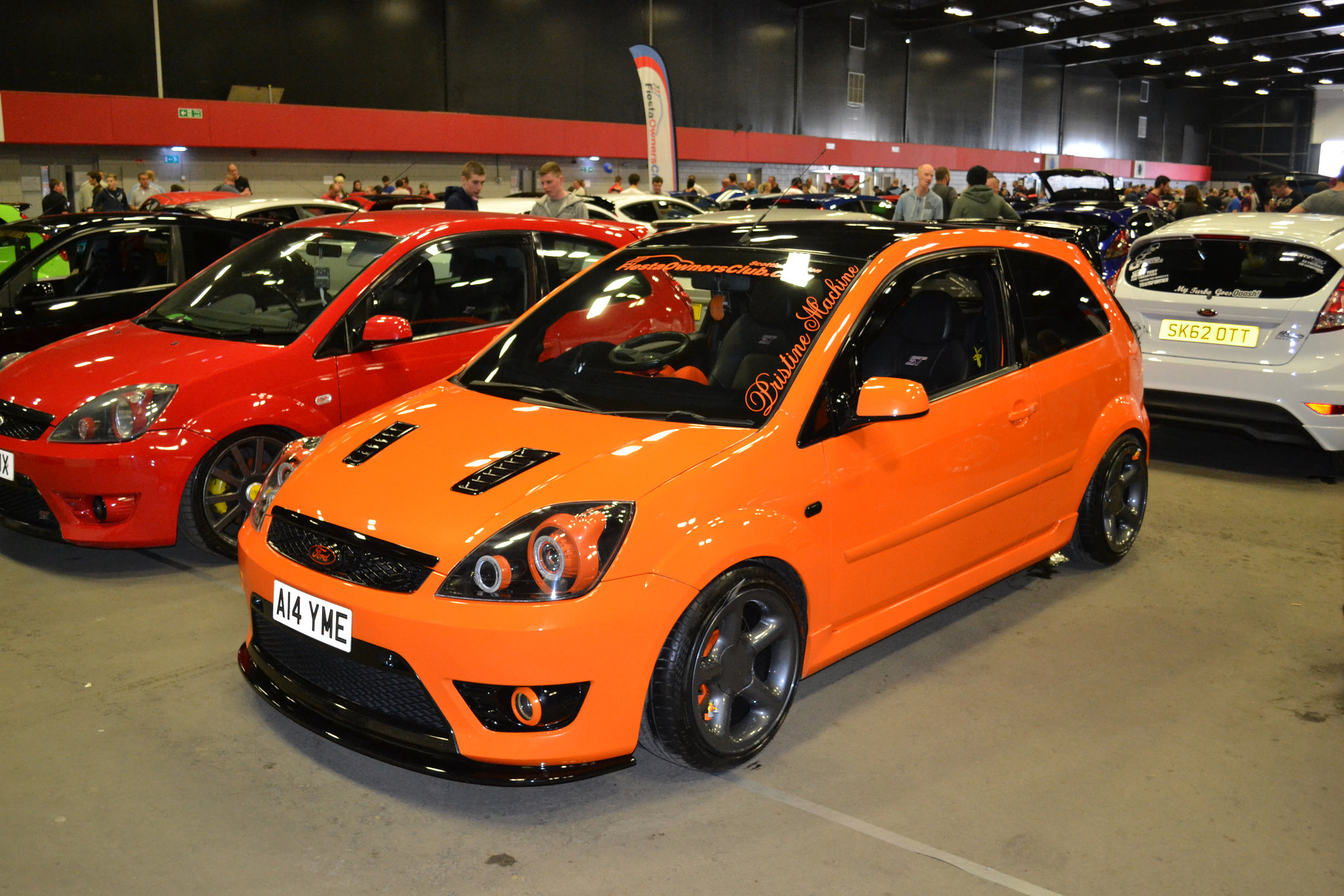 fiesta st tuning dia show tuning ford fiesta st mit cobb. Black Bedroom Furniture Sets. Home Design Ideas