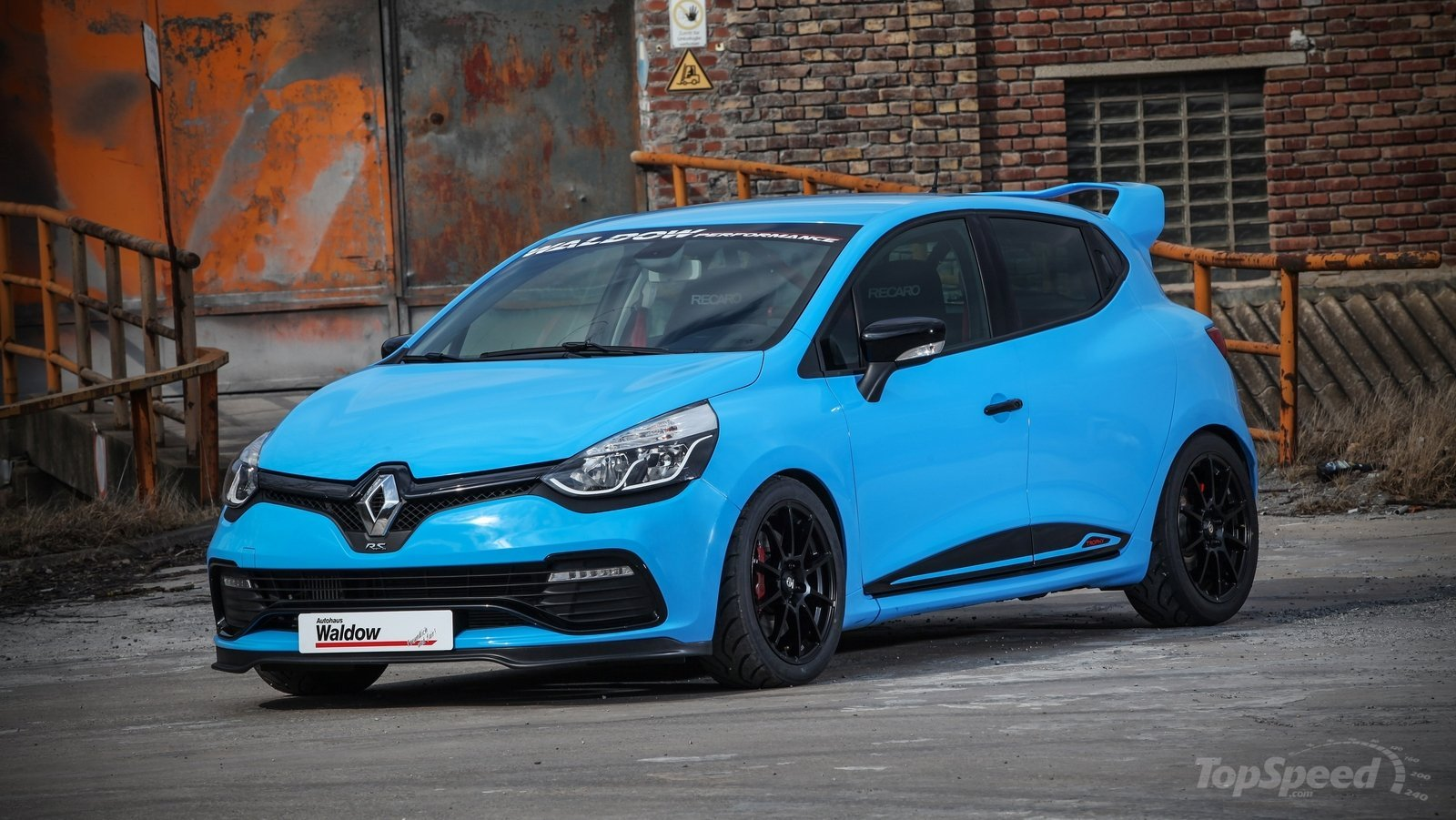 Renault clio 220 trophy edc by waldow performance 1 tuning for Housse auto tuning