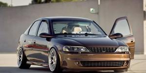 Opel Vectra (B)